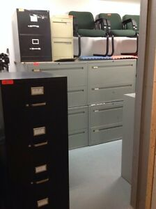 LOTS OF 2/3/4/5/6 DRAWER VERTICAL /LATERAL METAL FILING CABINETS Kitchener / Waterloo Kitchener Area image 7