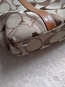 Authentic Coach Tote Bag! Great condition! Kitchener / Waterloo Kitchener Area image 5