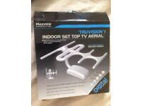 Indoor TV aerial