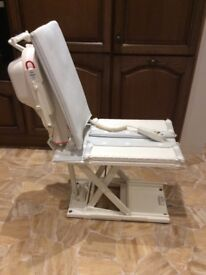Bath Lift Rechargable Battery Operated (CAN DELIVER)