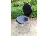 Excellent set of 6 black Danish design chairs.