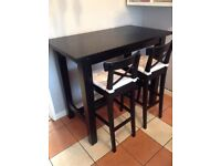 IKEA breakfast/bar table + 2 matching stools