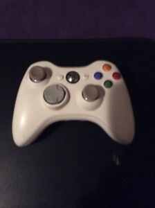 Xbox 360 Games and controller