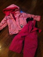 Girl winter coat and pants-fits like a 3T