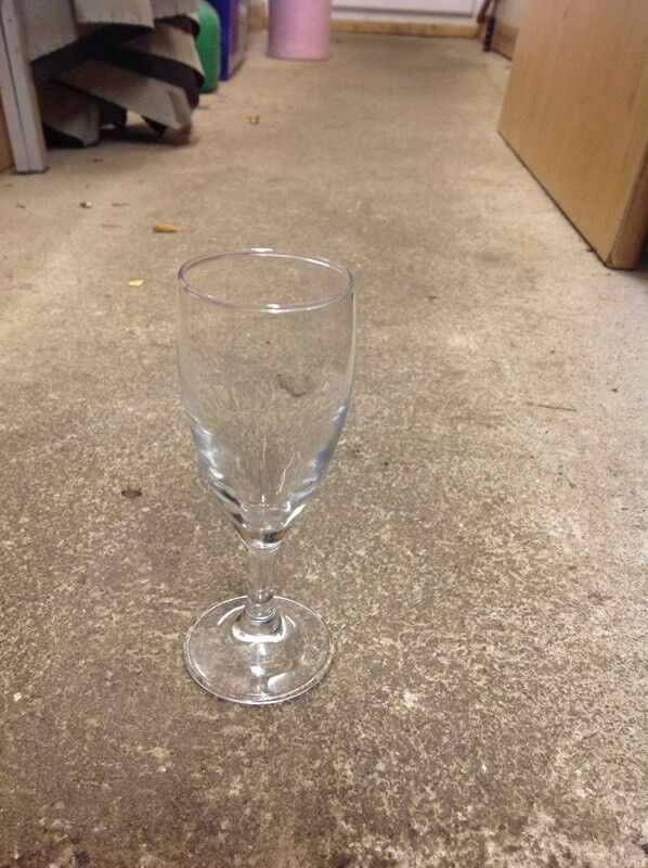47 short neck flute glasses