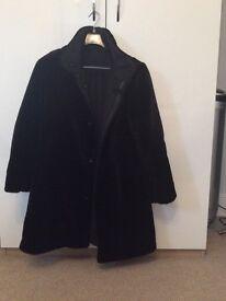 Reversable winter coat. (Medium)