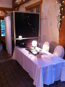 Photo Booth Rental for Your Staff Christmas/Holiday Party!! London Ontario image 2