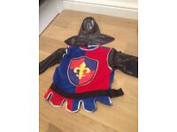Knight dressing up outfit age 4-6