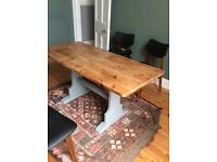 Lovely kitchen/dining table