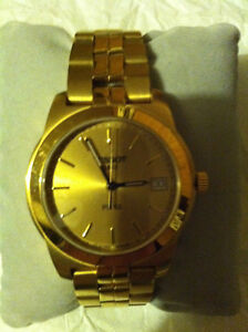 TISSOT MEN'S WATCH ( All Gold in Color ) Like New (CASH ONLY)