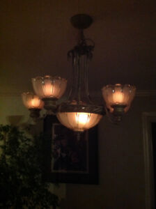Beautiful and quality  dining room chandelier . Asking 150.00