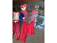 Bundle Halloween costumes .