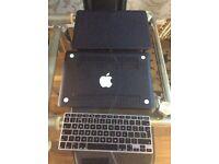 MacBook Pro 13.3 shell in black top bottom & keyboard skin for model A1278