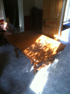 Antique dining table Peterborough Peterborough Area image 4