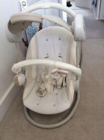 Mama and Papa's Baby swing chair
