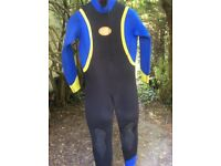 Men's winter wetsuits extra large