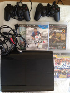 PS 3 Sony with four games