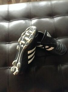 Adidas cleats West Island Greater Montréal image 3