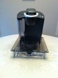 Keurig Coffee Maker With Glass K Cup Stand