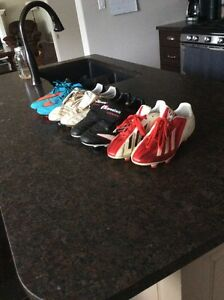 Soccer shoes/cleats