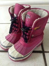 Girls pink joules snow boots size 10