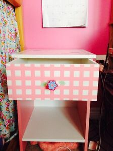 Girls Bed Side Table Peterborough Peterborough Area image 3