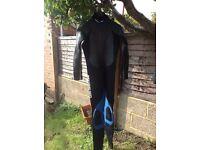Large wet suits / wetsuits x 2