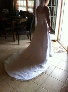 Wedding dress size 8 Windsor Region Ontario image 6