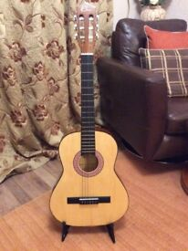 Small guitar 3/4 or children's Used
