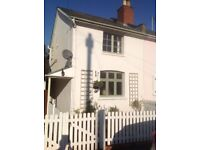 Charming Cottage in Charlton Kings TO LET