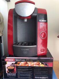 Hot drink maker