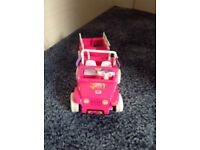 Barbie Shelly car and trailer