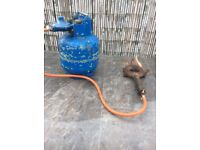 Gas burner and bottle of gas (can deliver)