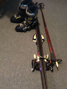 Rossignol Quantum Series 828 Downhill Skis with boots