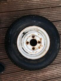 Mini wheel with tyre
