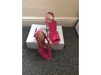 Love label pink sandals