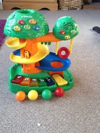 Excellent condition vtech interactive tree