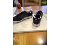 Mens size 6 adidas golf shoes
