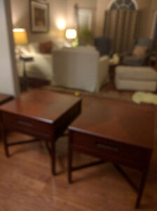 Matching coffee and end tables Kingston Kingston Area image 1