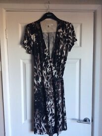 Banana Republic Wrap Dress Large