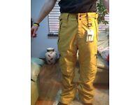 Westbeach new trousers ski or snowbording size S,L,XL
