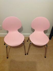 Pink children's chairs - x2