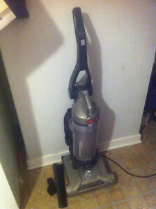 Condensable Hoover WindTunnel T Series HEPA Filter With Tools