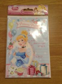 Disney princess party invitations x 20