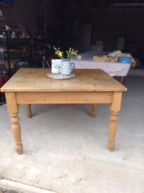 Farmhouse rustic kitchen table pine