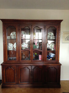 Solid Mahogany 2-Piece China Cabinet with Lighting – Like New