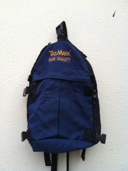 Tasmark high quality haversack.  Dimensions 38 x 27 x 13cm.