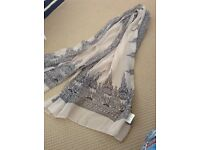 Ladies light scarf