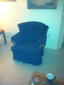 Swivel/rocking chair excellent condition