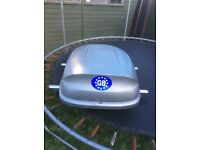 Car top box and roof bars